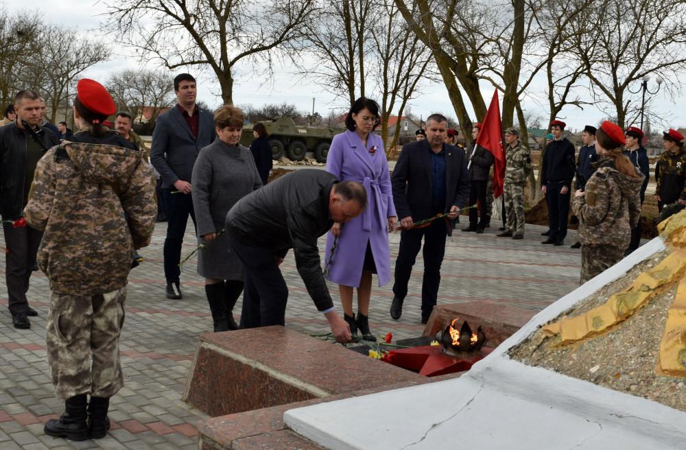 В поселке Раздольное состоялись мероприятия, посвящённые Дню освобождения района от немецко-фашистских захватчиков