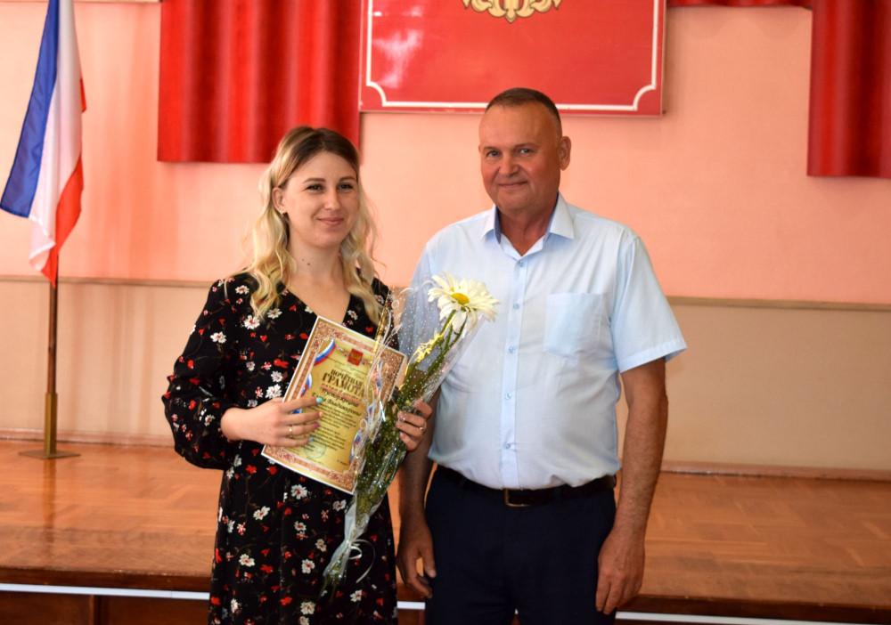 Социальных работников Раздольненского района поздравили с профессиональным праздником
